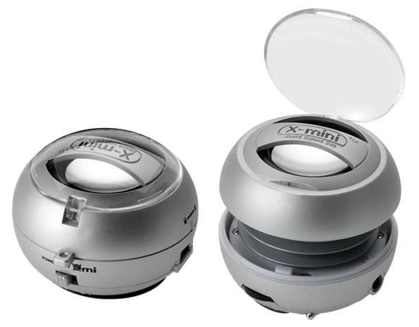 Asombrosa calidad de sonido con un tiempo de reproducción de hasta 6 horas. Incluye un cable de audio de 3,5 mm