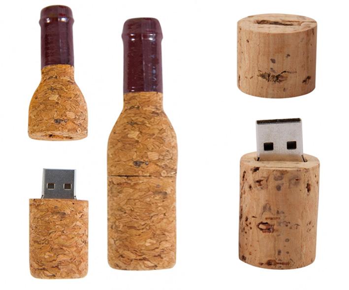 Originales memorias USB con forma de botella y tapón de corcho vino. Diferentes capacidades.