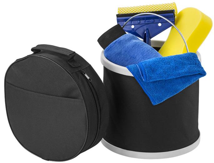 Kit de lavado de automóvil de 6 piezas. Incluye un resistente cubo comprimible de 19L. con asa metálica, paño de microfibra, esponja, guante de lavado, rasqueta secadora y un práctico estuche de transporte con caja.