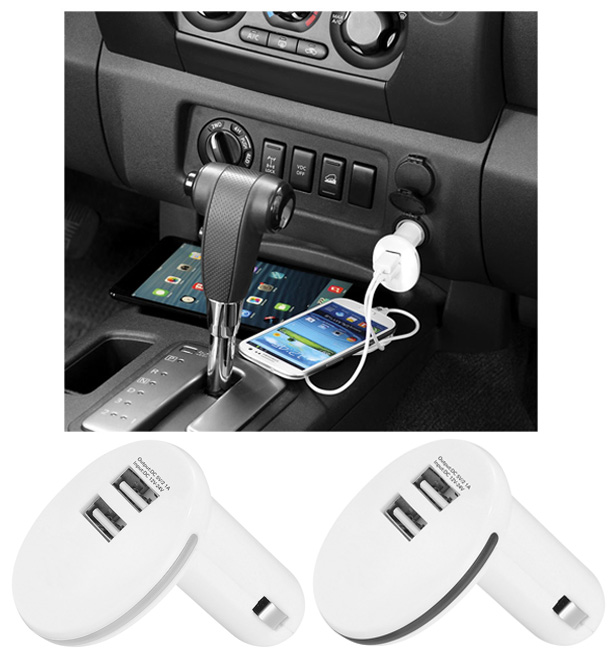 Cargador dual de coche. Este adaptador es de doble puerto y tiene un llavero LED que presenta el color blanco cuando se enchufa en la toma auxiliar para cargar dispositivos personales. Compatible con smartphones y dispositivos personales que disponen de un cable de carga USB (iPad® y tabletas incluidos). Entrada: 12-24 voltios. Dos puertos USB (5 V/1 A y 2,1 A); salida máxima: 2,1 A. Cable USB no incluido.