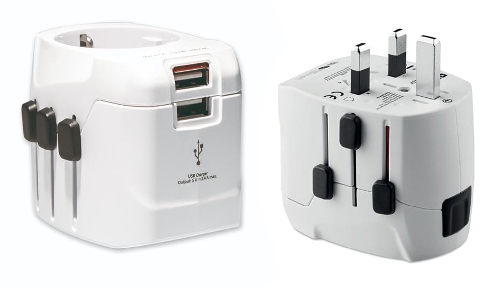 Innovador adaptador SKROSS de 3 polos que se puede utilizar en más de 100 países y funciona tanto como adaptador de viaje como cargador USB para viajeros europeos. Con toma de tierra